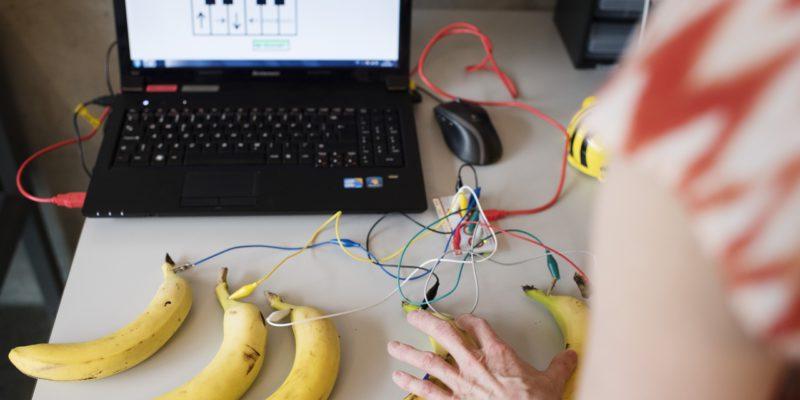 Her er banane programmert til å spille musikk. Foto: Marie von Krogh